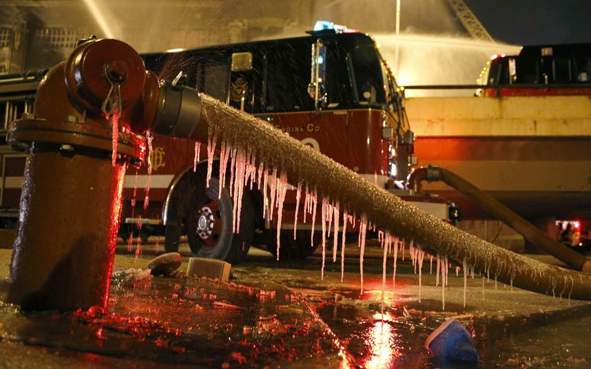 fire-water-freeze-_2460366k