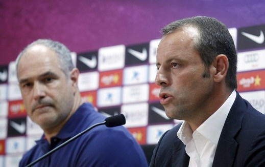Barcelona's President Rosell and Sports Director Zubizarreta attend a news conference announcing the stepping down of Barcelona's coach Vilanova near Barcelona